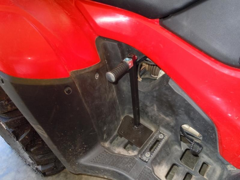 passenger foot rest - Honda Foreman Forums : Rubicon, Rincon, Rancher and Recon Forum